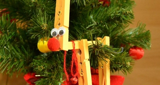 Christmas Ornaments With Clothespins