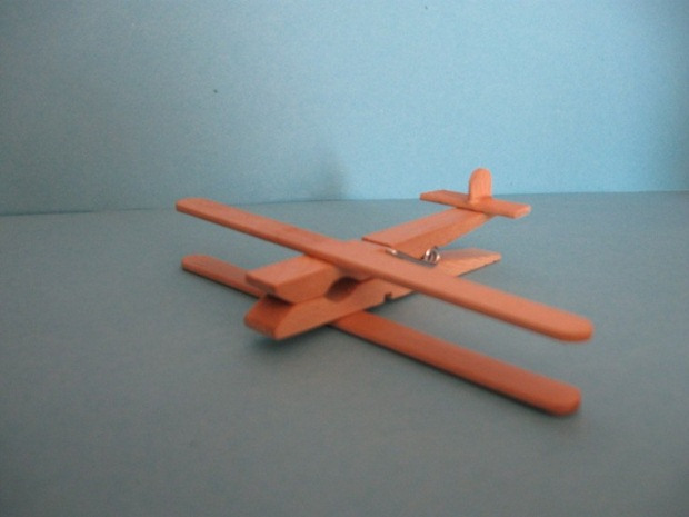 diy adorable planes made out of clothespins and popsicle sticks crafts ideas