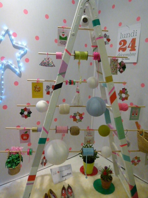 alternative christmas tree colored ladder knitting reels upcycled ideas