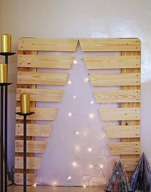 upcycled christmas tree diy wooden pallet lights golden candles decoration - Pallet Christmas Decoration Ideas