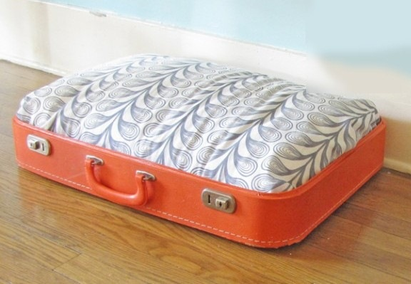reuse old suitcase cat bed diy furniture idea