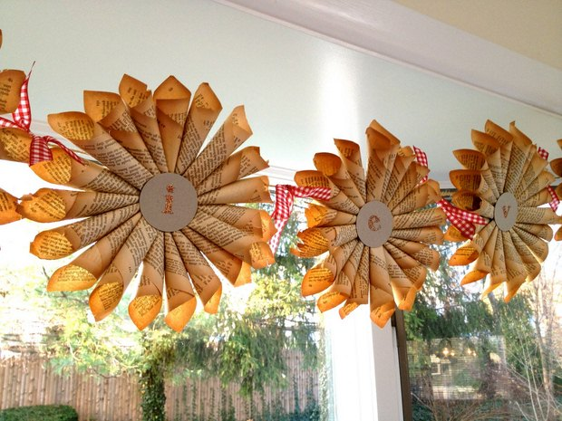 Christmas Paper Windox Decoration Idea