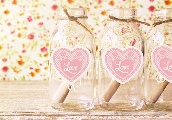 valentine's day crafts gift idea message glass jar heart prints