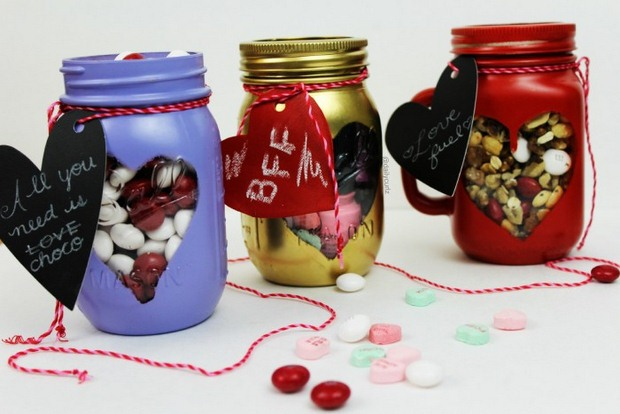 valentine's day crafts gift sweets candy spray painted mason jars gift tag