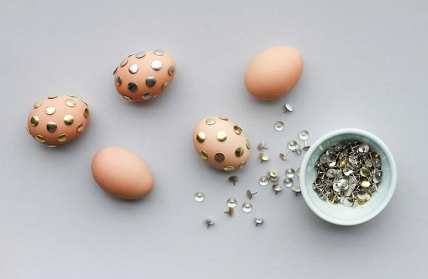 easter egg decorating ideas using cheap metal pins creative projects