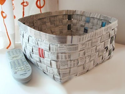easter egg decorating ideas old newspaper basket project