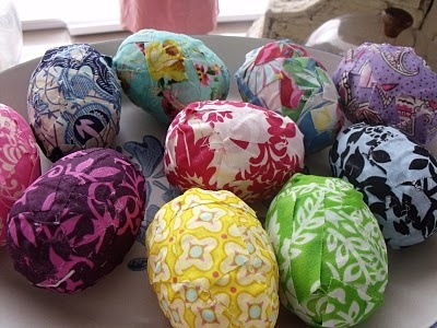 easter egg decorating ideas reuse colorful wrapping paper diy creative projects
