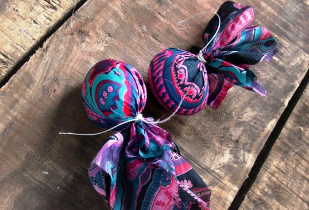 easter egg decorating ideas tie dyed diy crafts recycled clothes