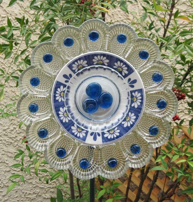 garden glass flower clear colored plates repurposed decor idea