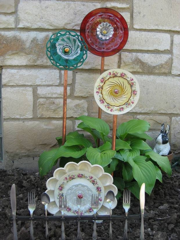 garden glass flowers colored ceramic plates cutlery yard upcycling project