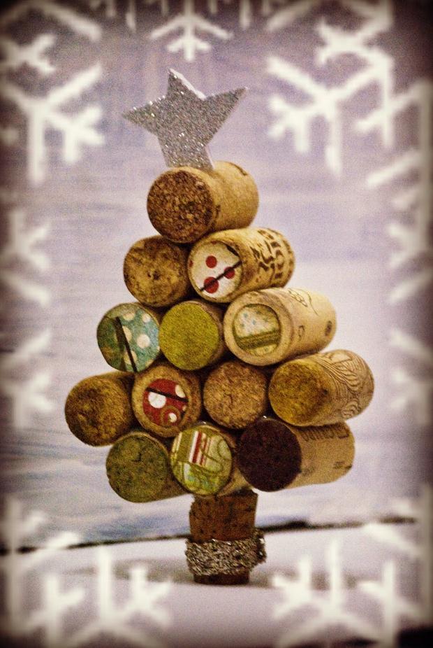 wine cork christmas craft diy mini tree decoration christmas star