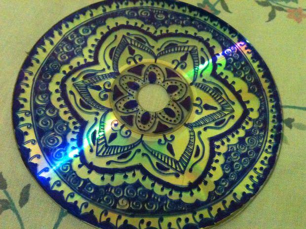 cd craft art draw flower patterns creative blue art idea
