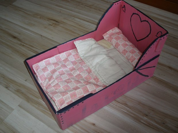 repurpose shoebox pet bed pink painted diy creative craft idea