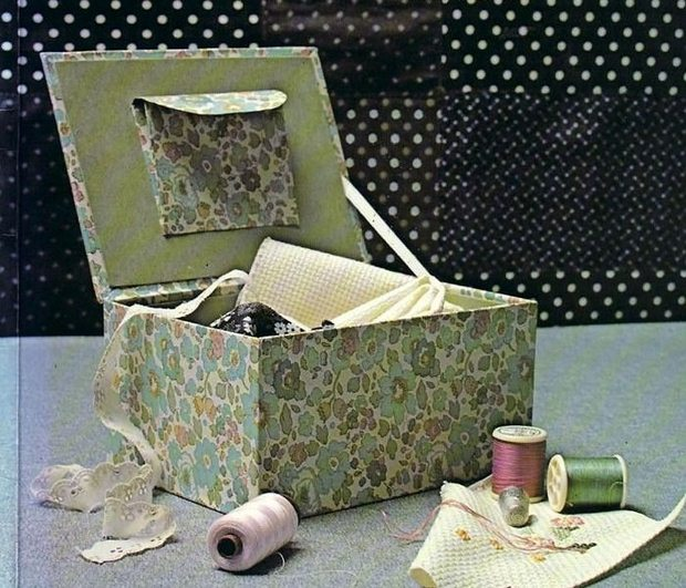 reuse shoebox sewing supplies holder green decorated flowers diy craft idea