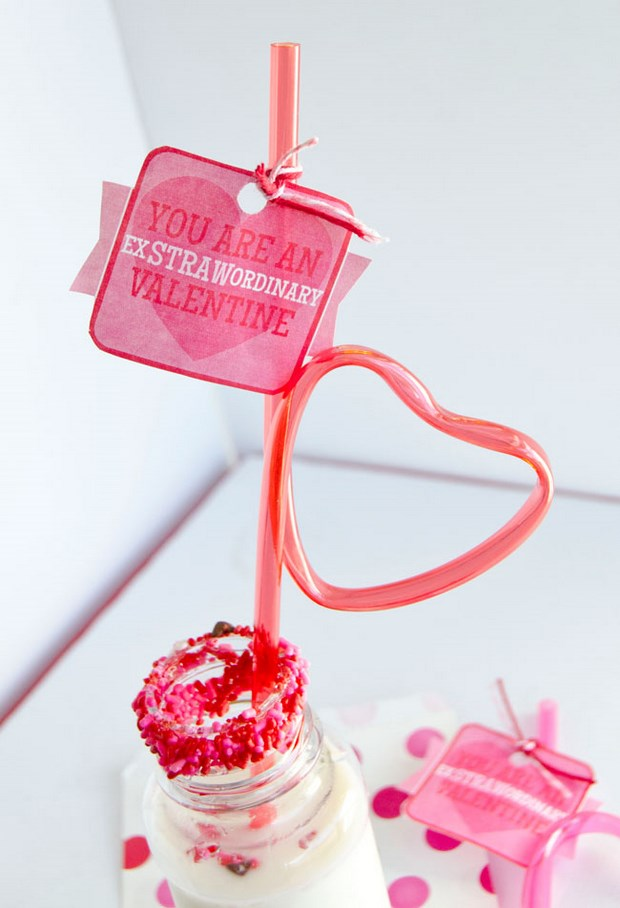 valentine crafts reused plastic drinking straw table decoration
